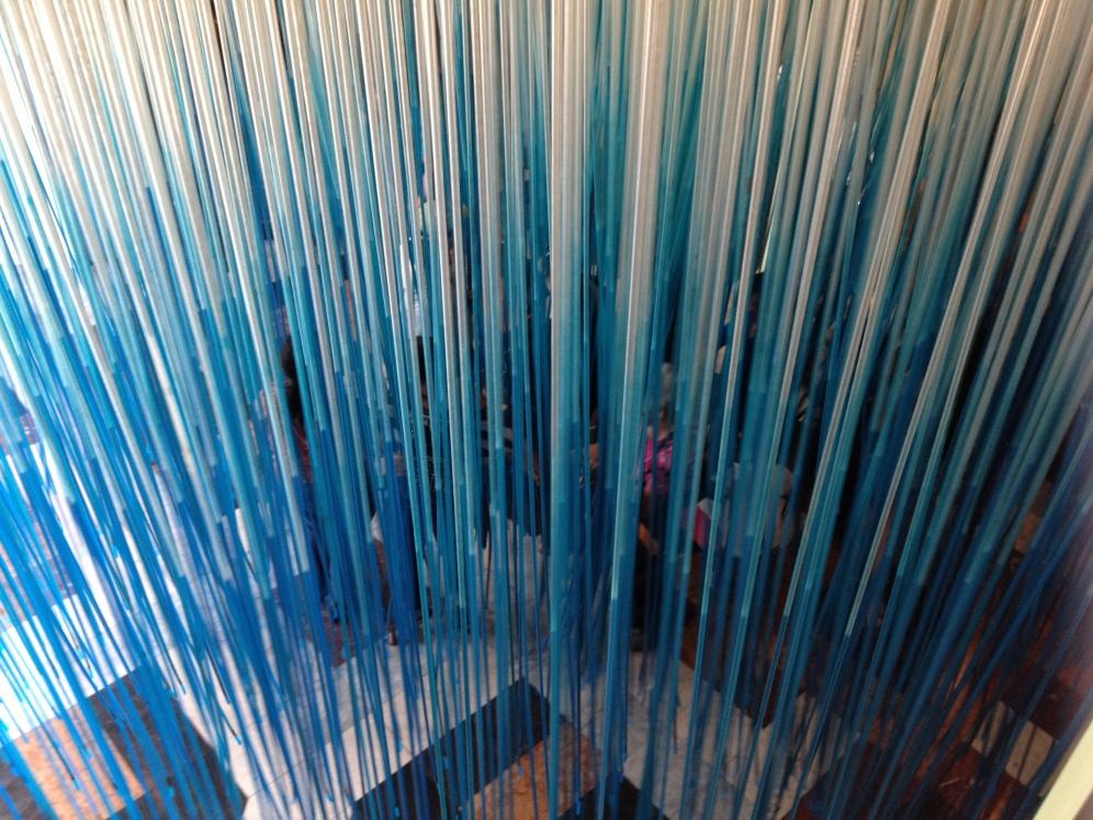 Penetrable Azul de Jesús Soto, a la entrada del CAMLB FOTO: MAR