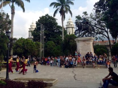 IMPRO Plaza Bolívar